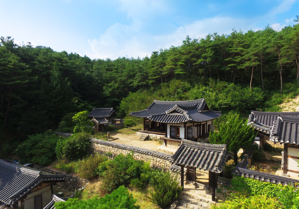 Hanok houses tucked into the hills